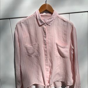 So pink&white stripped button down collard shirt